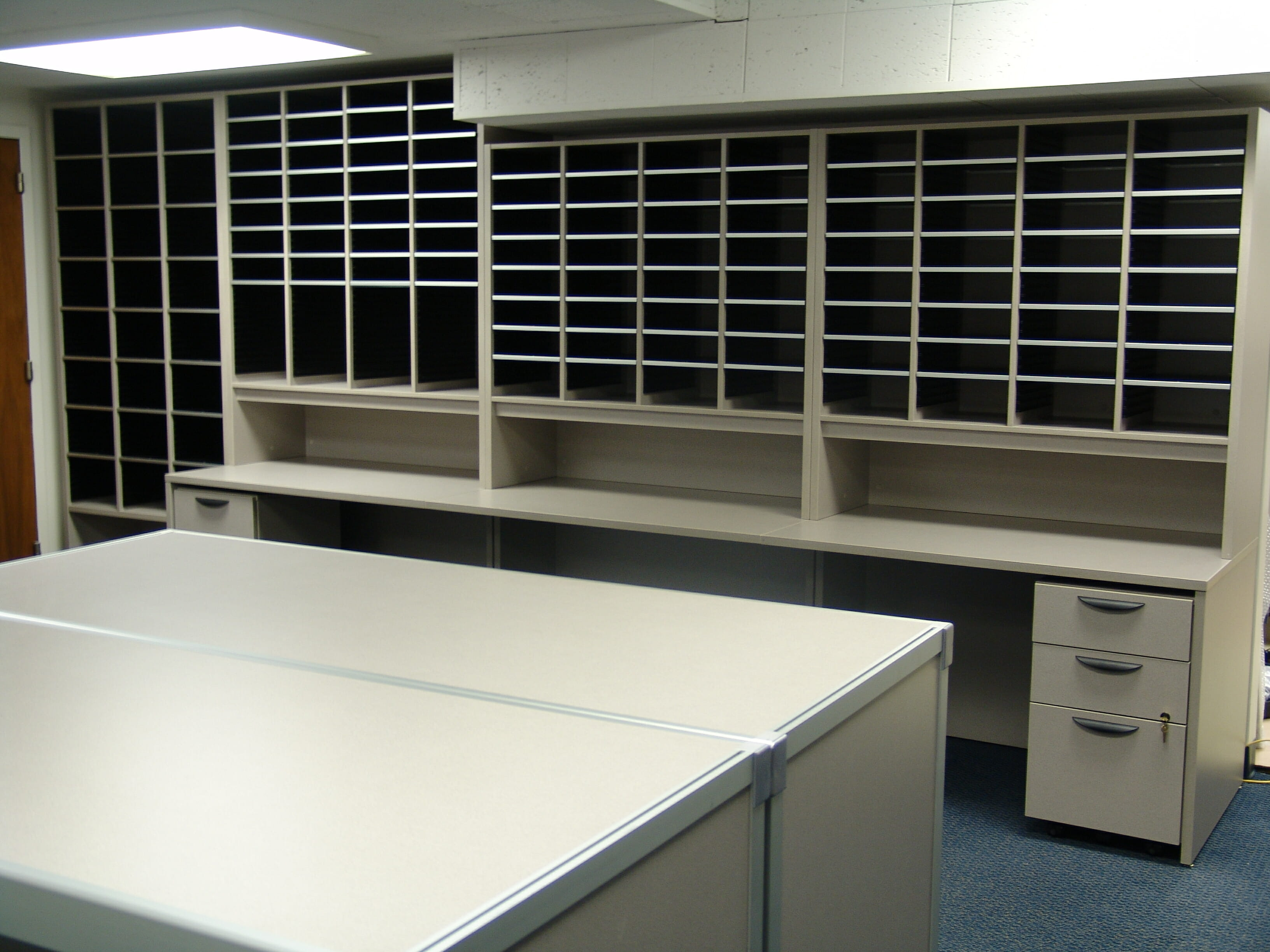 Fully Featured Mailroom Sorter