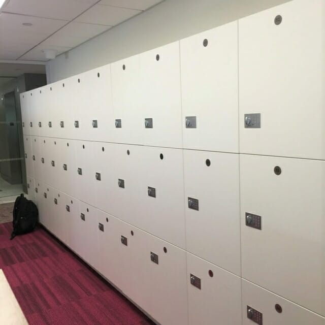 laminate day use lockers with Becode locks