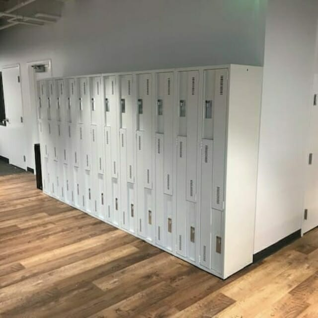 Steel Day Use Z Lockers