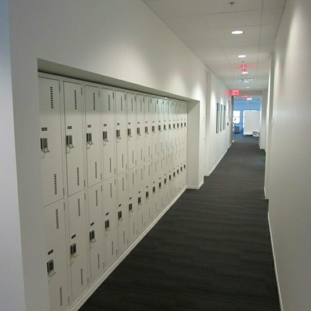 Day-Use Lockers Built into the Wall for Workplace