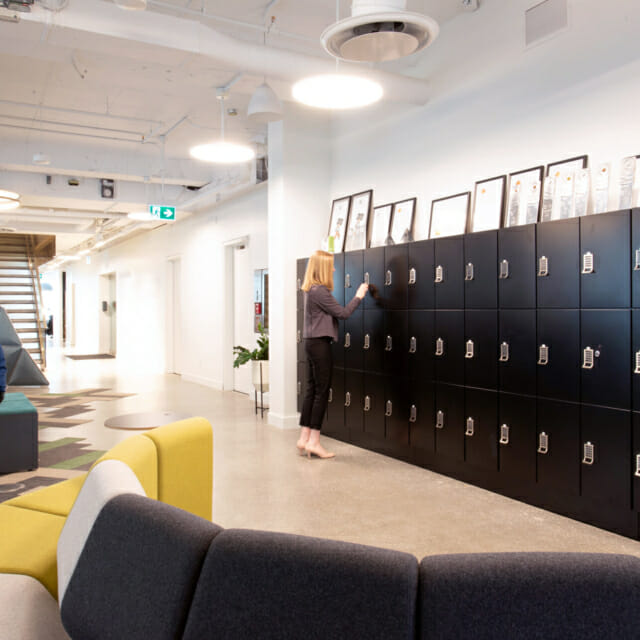 Day-Use Lockers for High-End Design Workplace