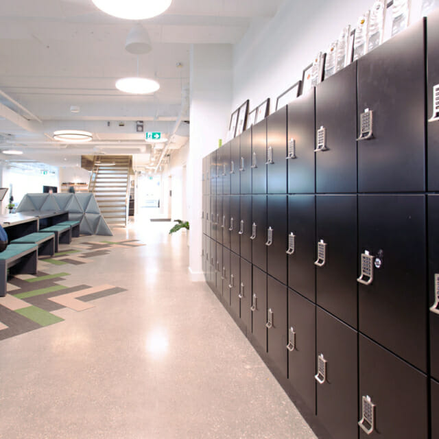 Secure Storage for Employees in Day-Use Lockers