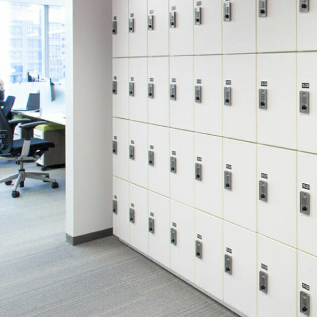 Steel Day Use Lockers in New York City - Agile Workplaces