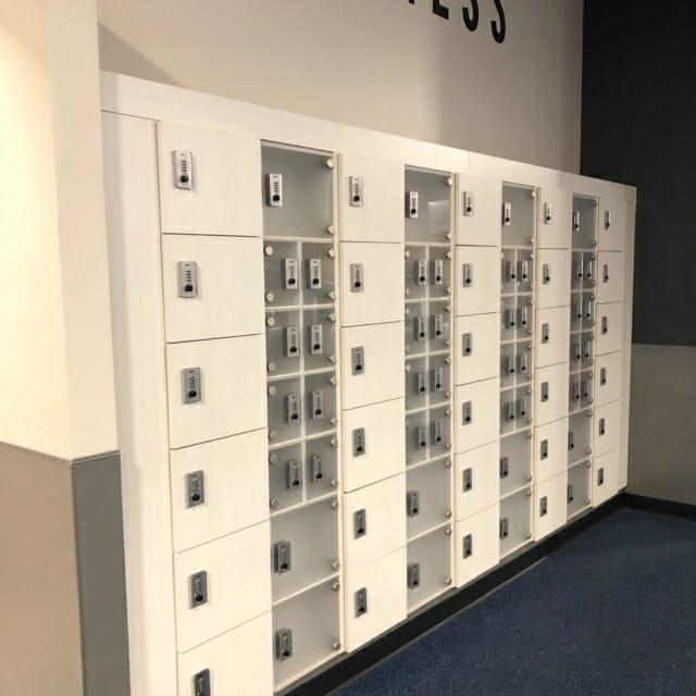 Day Use locker with Acrylic Doors