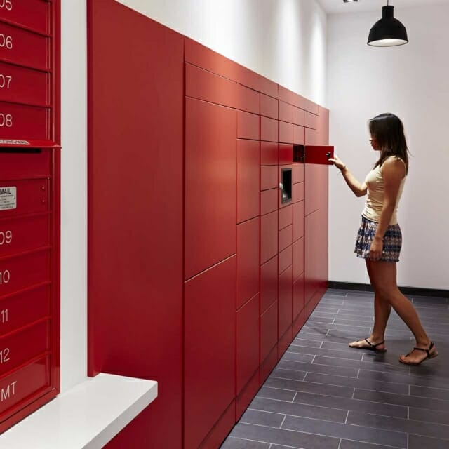 Smart Temporary-Use Lockers for Parcel Delivery